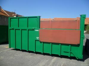 Velkoobjemové kontejnery 8